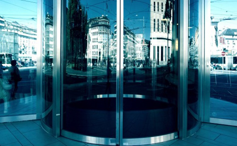 Servomotors for automatic doors – Tamagawa