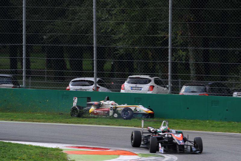 17 Formula 3: Garnet wins again in Monza