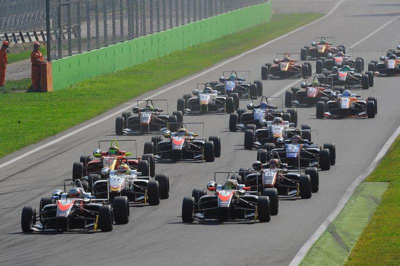 euroformula monza stuvik rp motorsports garnet 13 Garnet also wins on the track: RP Motorsport is champion