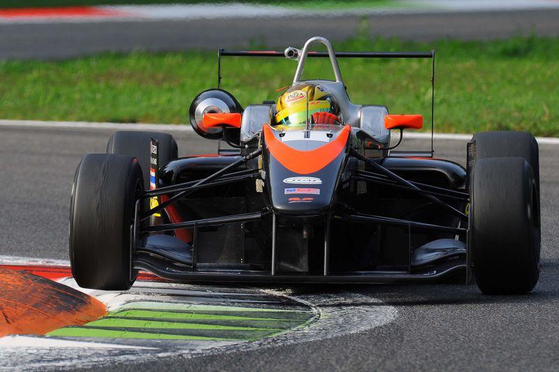 euroformula monza stuvik rp motorsports garnet 16b Garnet vince anche in pista: RP Motorsport campione